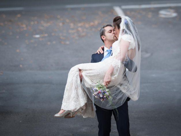 italian destination wedding photographer Tuscany countryside