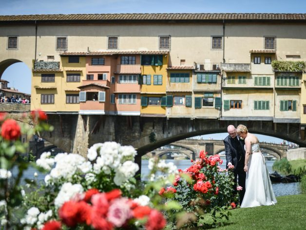 Italian elopement photographer in Florence and Tuscany