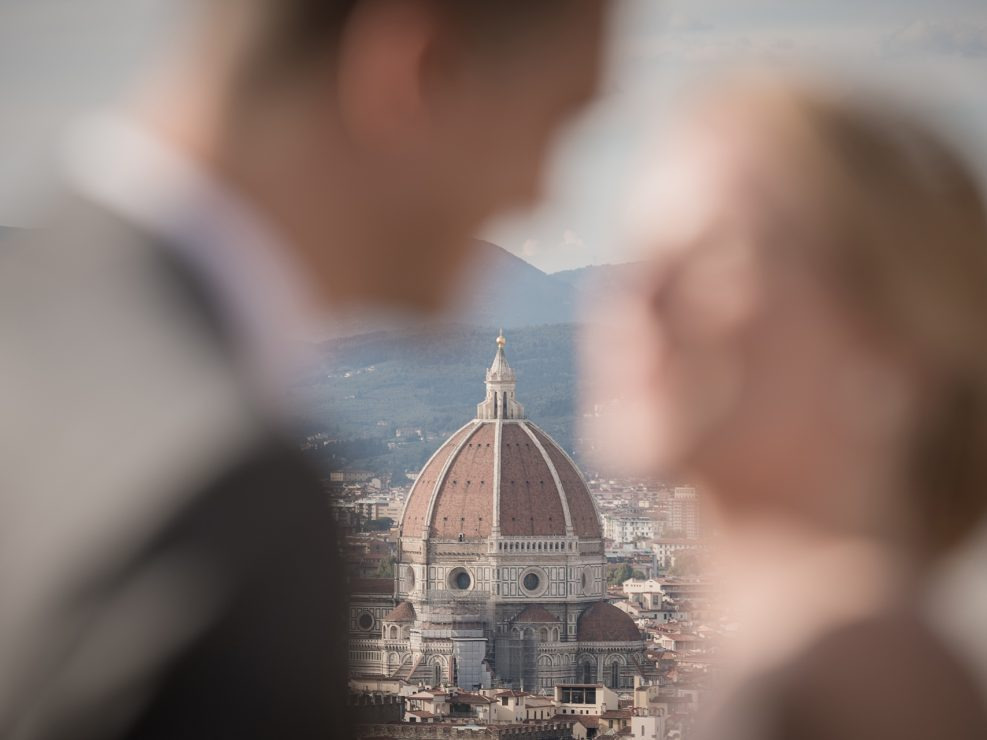 Intimate elopement on the hills of Florence